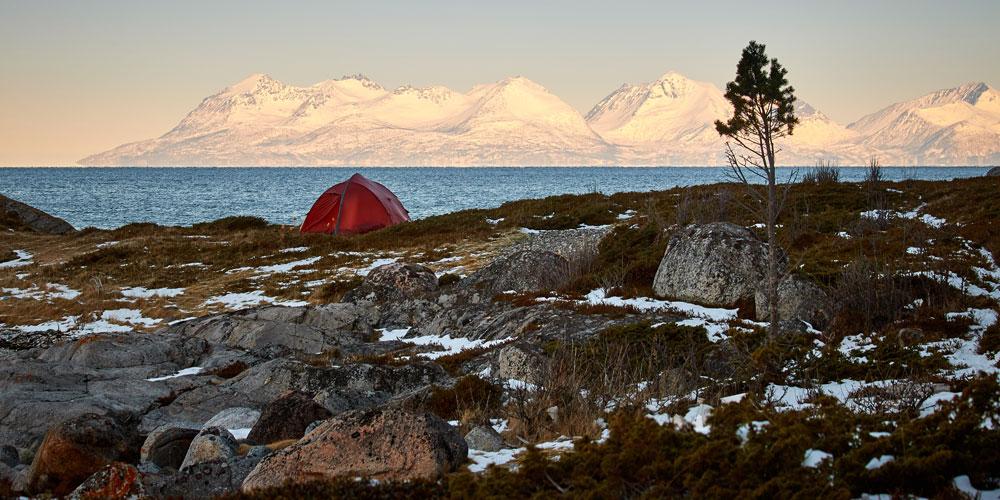 camp along the tour