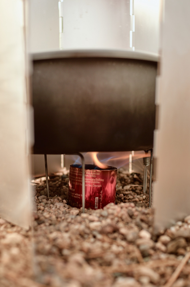 Trekking stove self-made alcohol stove in action