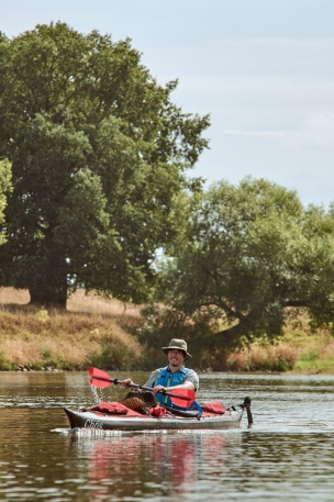 Paddling on the Mulde having a great time