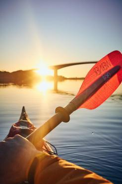 Midnight sun kayaking ©Christian Hein